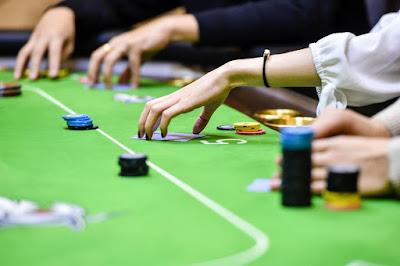 Cari Kesalahan Anda Di Dalam Bermain Poker Online Uang Asli Jika Sering Kalah