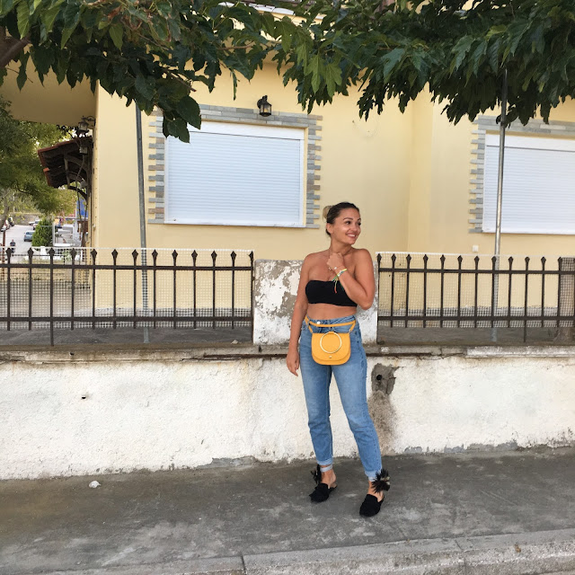 how to wear mom jeans, topshop high  waist jeans, gucci waist bag, how to wear a waist bag, winners finds yellow mustard bag, how to wear slides, best canadian fashion blogger, fashion blogger style, fashion instagram