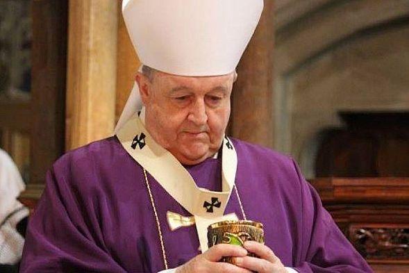 arhiepiskop-adelaidy-filipp-uilson-priznan-vinovnym-v-sokrytii-sluchaev-seksualnogo-nasilija-nad-detmi