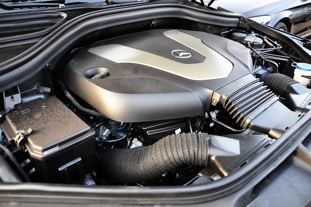 Động cơ Mercedes GLS 350 d 4MATIC vận hành mạnh mẽ