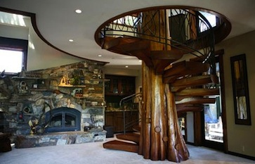 Chic souffl escaleras de caracol for Escaleras interiores casas rusticas