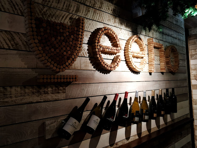 VEENO : WINE BAR AND LOUNGE A GEM IN THE HEART OF CROYDON