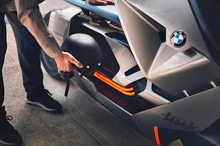 BMW-Concept-Link-guarda-cascos