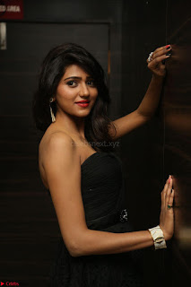 Shalu Chourasiya in spicy Sleeveless Strapless Black Top at O Pilla Nee Valla Movie Audio Launch Feb 2017 032.JPG