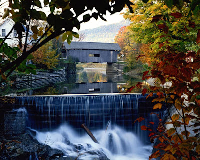 Covered Bridges Warren Bridge © Copyright Vermont Department of Tourism & Marketing