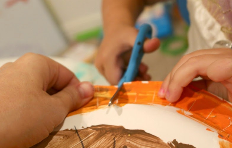 preschool fine motor skills cutting activity