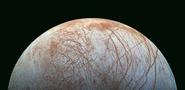 Model based on hydrothermal sources evaluate possibility of life on Jupiter's icy moon