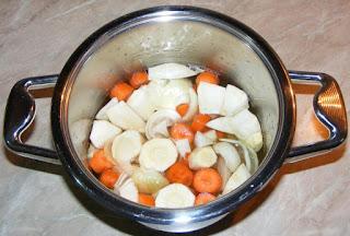 preparare supa crema de legume, retete supa crema de legume, cum se face supa crema de legume de post reteta, retete culinare, retete de post preparare, mancare de post preparare, mancaruri de post preparare, legume fierte,