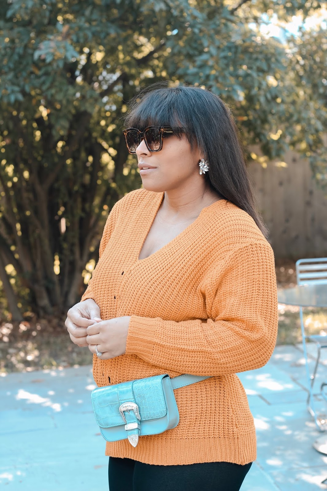 Mom blogger, new mom, fall fashion, fall outfits, fanny pack