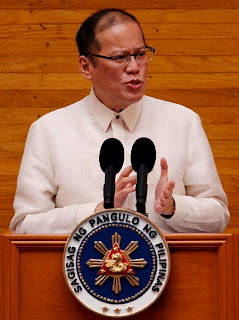 PNoy addressing Congress