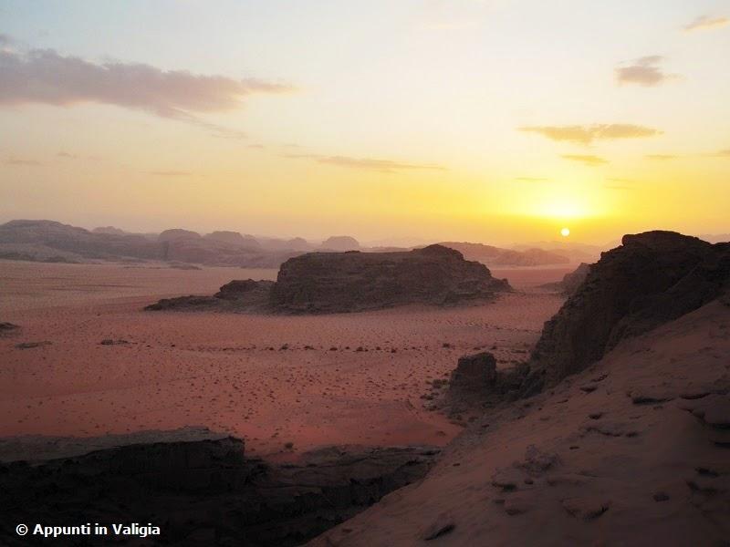 dormire-deserto-wadi-rum