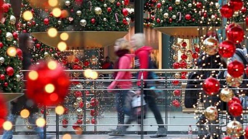 Η αγοραστική συμπεριφορά των Ελλήνων στις μέρες των εορτών