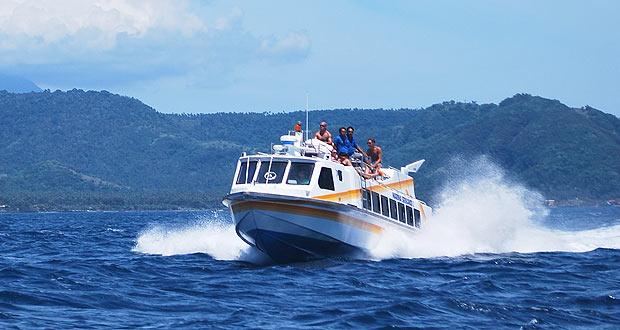 Banyuwangi-jimbaran naik kapal cepat Marina Srikandi.