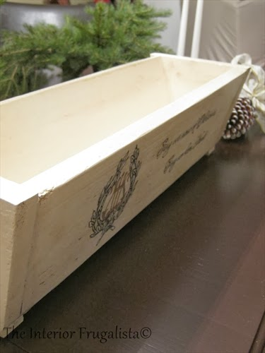 DIY Pallet Board Centerpiece Box Chalk Painted White