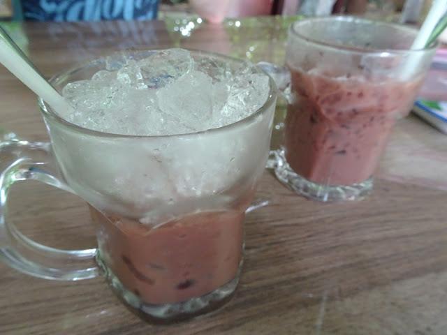 Cacao plantage van Muoi Cuong: chocolademelk