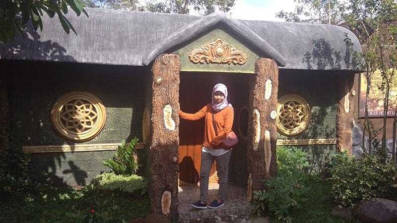 Rumah Hobbit Kedua, lainnya masih banyak