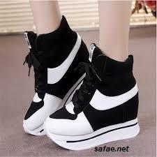 أحذية نسوية