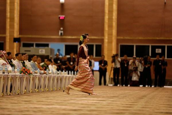 Myanmar tahan sejumlah wartawan untuk televisi nasional Turki