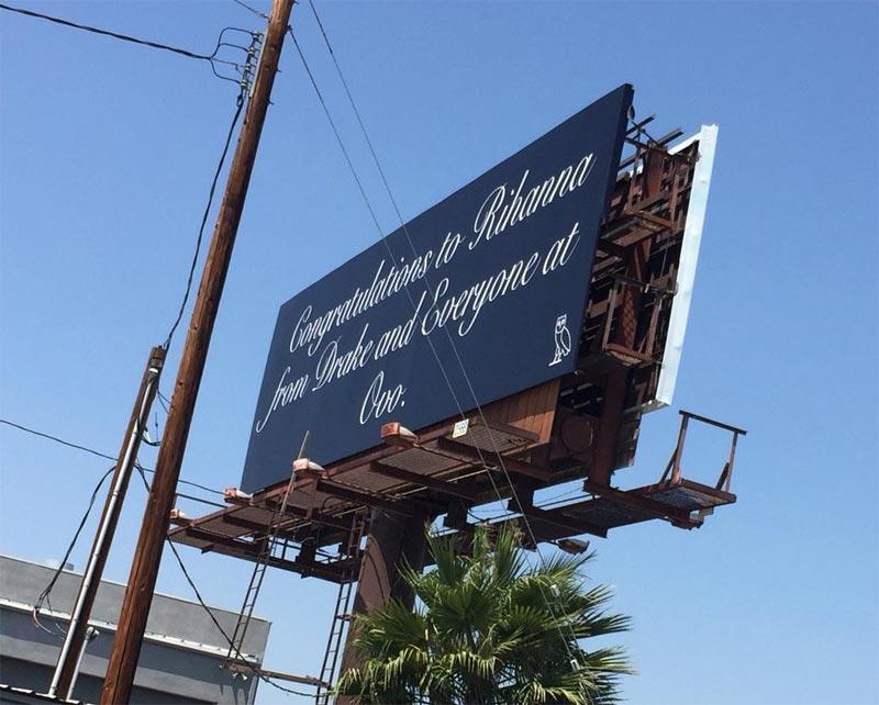 #RelationshipGoals: Drake rents full billboard to congratulate Rihanna on MTV Award