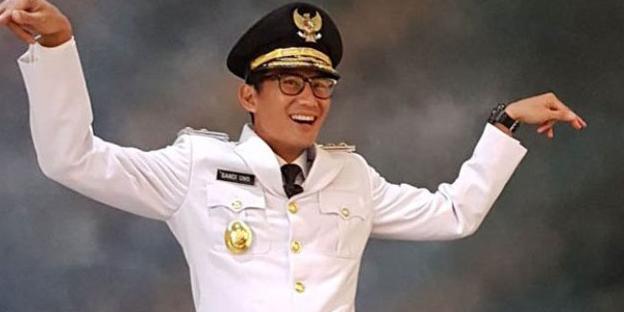 Kiai Ma'ruf Amin Pertanyakan  Label Ulama Sandiaga Uno