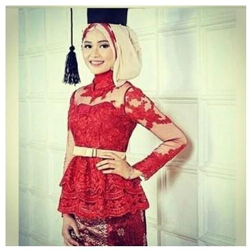 15 Rekomendasi Baju Kebaya Muslim Untuk Wisuda Model Terbaru