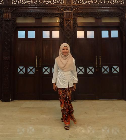 kebaya_muslim_batik
