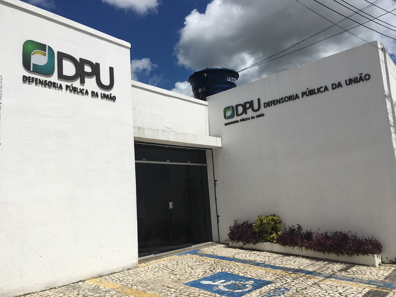 Resultado de imagem para Defensoria Pública da União unidade em Sobral