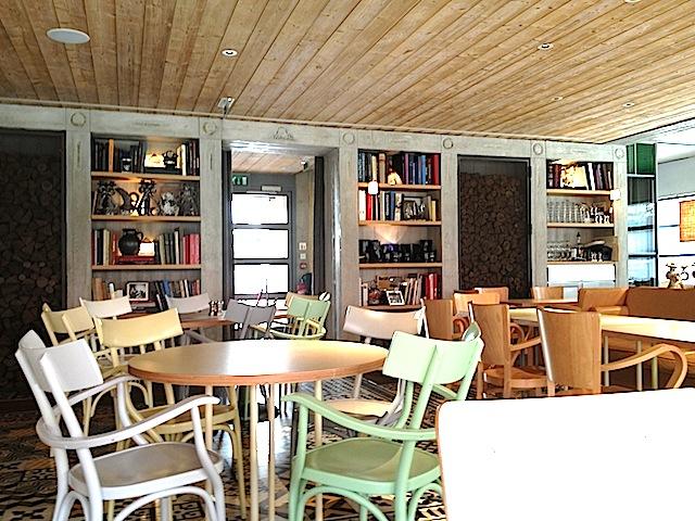 vintage finds ma cocotte new restaurant in the paris markets of st ouen. Black Bedroom Furniture Sets. Home Design Ideas