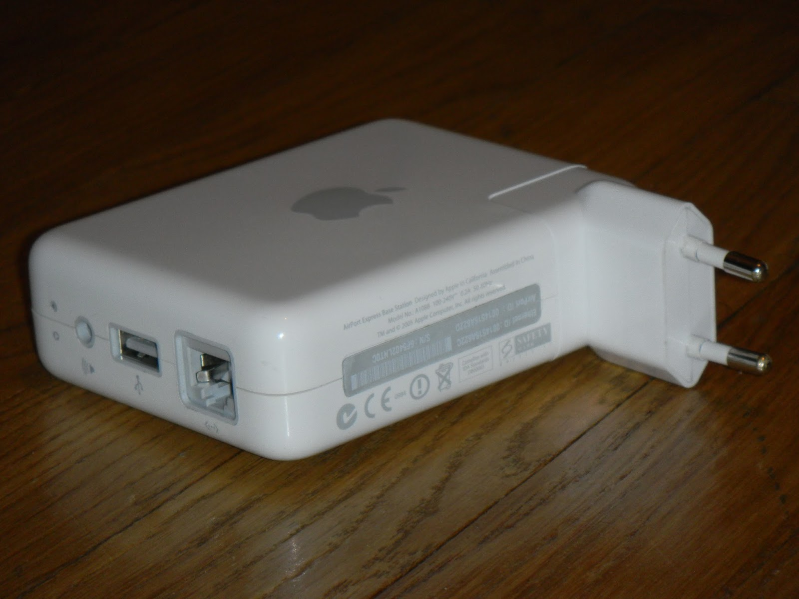 Infrequent Sound Sextex Technology Apple Airport Express A1088 Base Station With 80211b G Wi Fi