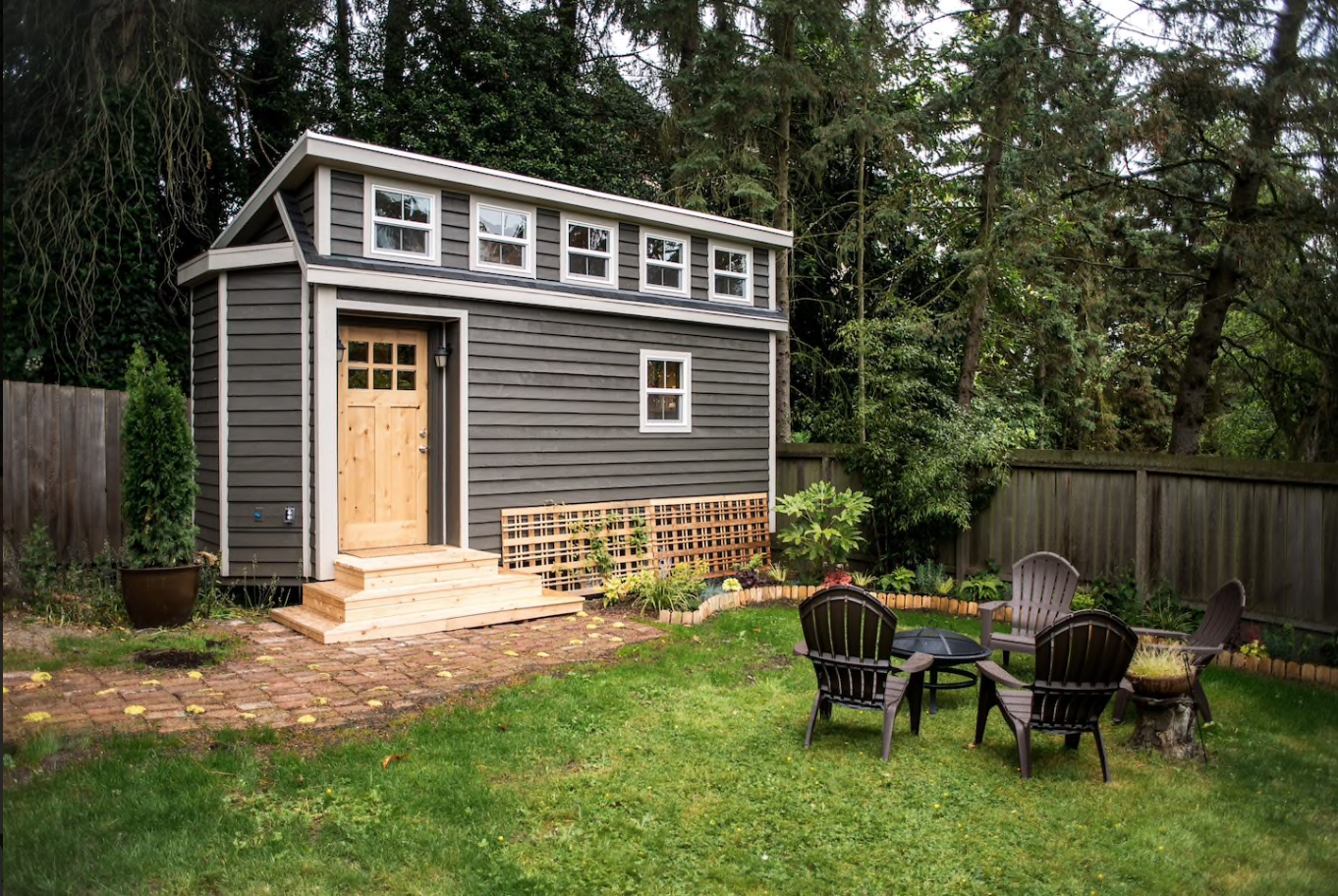 tiny house town beautiful seattle tiny house. Black Bedroom Furniture Sets. Home Design Ideas
