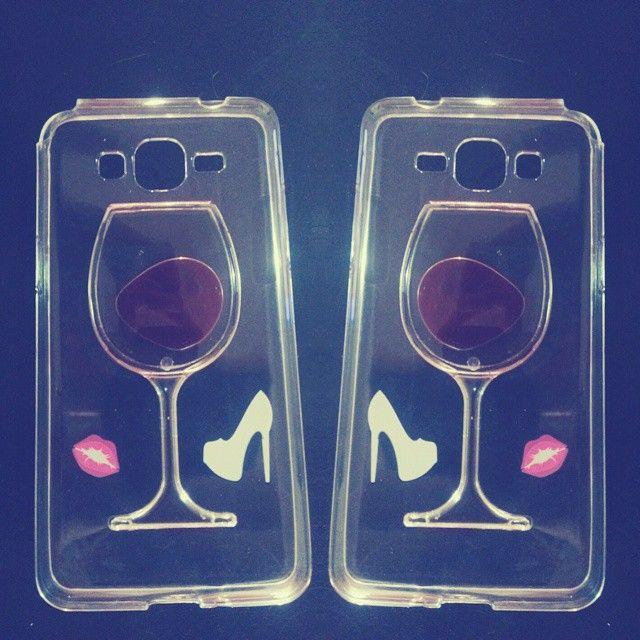 Capinha de celular Atena (Giovanna Antonelli) A regra do jogo, taça de vinho transparente
