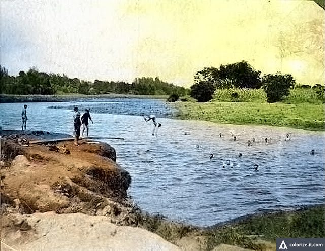 "US Volunteers soldiers swimming in a river ""possibly"" in Batangas.  Image Source:  The Sandra Plummer Collection of the Fort Worth Library Digital Archives."