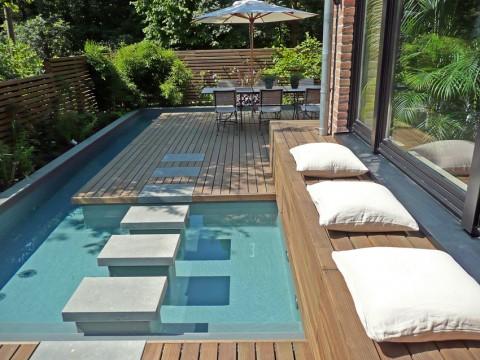 Boiserie c mini piscina in giardino for Mini piscina