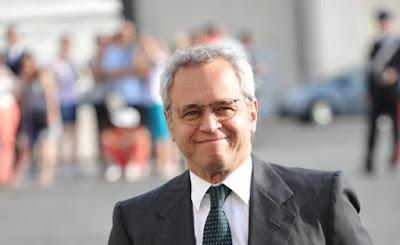 http://formiche.net/2016/09/06/m5s-rifletta-sui-guai-del-giustizialismo-che-ha-vellicato-la-sberla-di-enrico-mentana-ai-grillini/