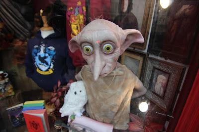 מזכרות הארי פוטר בחנות