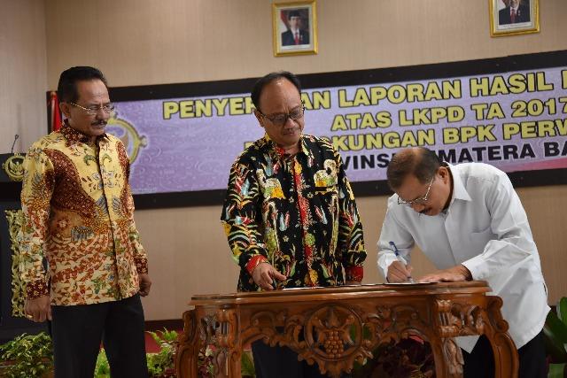 Hebat Bupati Ali Mukhni, Padang Pariaman Raih Predikat WTP Lima Kali Berturut Turut