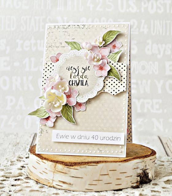ręcznie robiona kartka urodzinowa z kwiatami