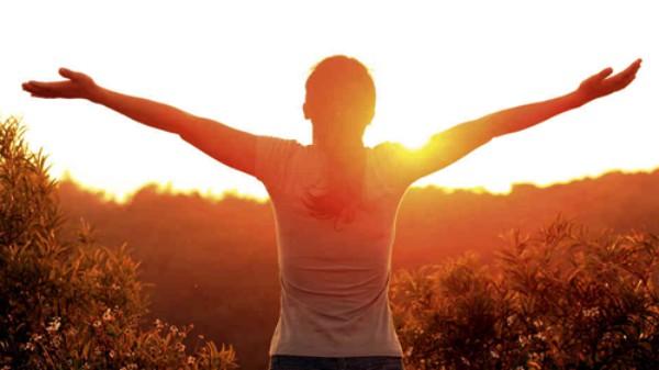 Mùa đông nên đi ngủ sớm khi mặt trời chiếu sáng rồi hãy dậy
