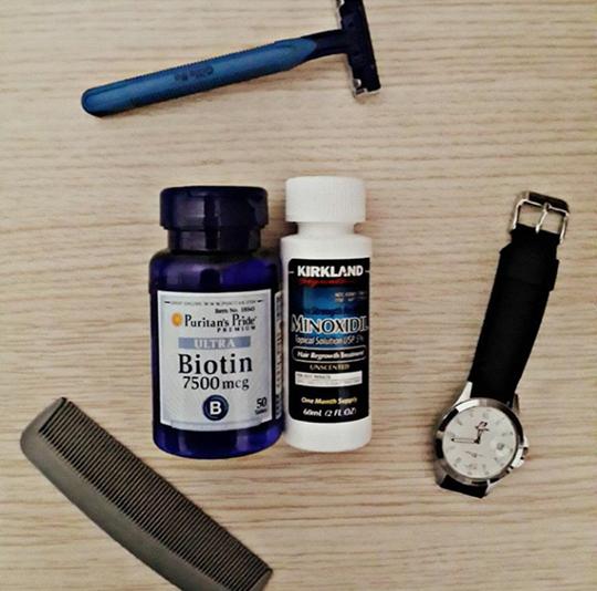 Kirikland minoxidil dan Suplemen Biotin