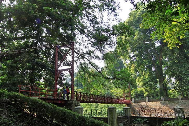 jembatan gantung kebun raya bogor