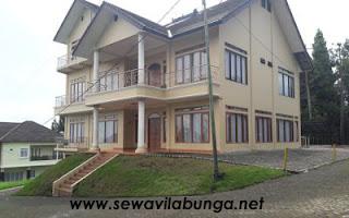 Villa Valencia lembang 11 kamar