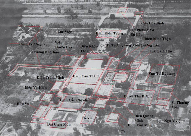 Hoàng thành Huế thời còn nguyên vẹn nhìn từ máy bay Hue01
