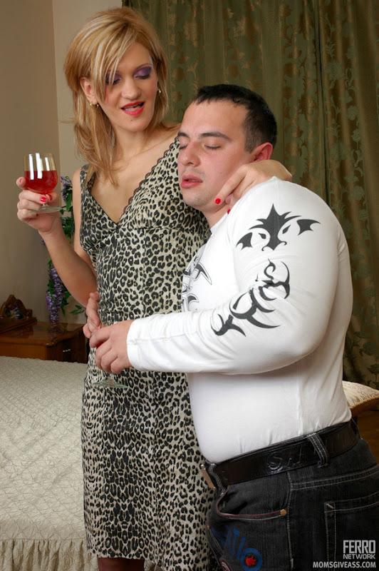 girl anal sex Drunk