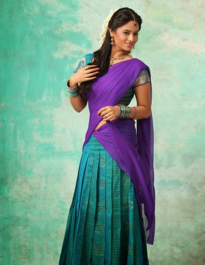 BiggBossTamil Actress SujaVarunee Latest Images