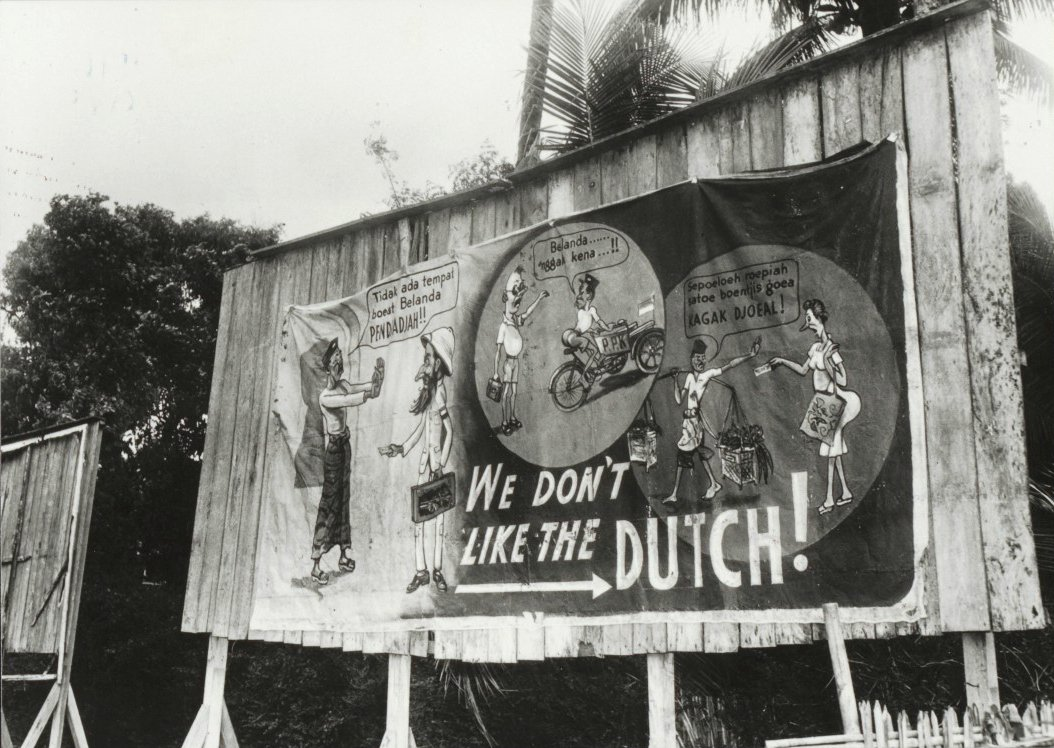 Indonesia zaman doeloe mural mendukung kemerdekaan for Mural indonesia