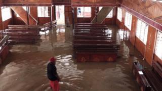Sentani, Papua: Banjir Terparah, Saat 'Gereja Sudah Terendam'