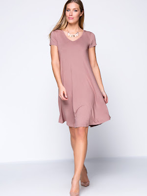 https://www.fashionmia.com/Products/solid-color-basic-v-neck-plus-size-shift-dress-172524.html