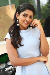 Actress Eesha Rebba Stills at Ragala 24 Gantallo Success Meet
