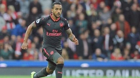 rời Emirates là lựa chọn đúng đắn cho Walcott lúc này