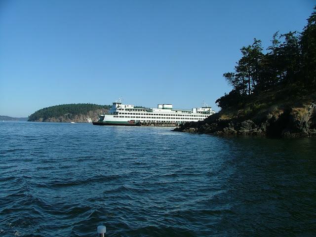 Ferry coming around corner of Shaw Island